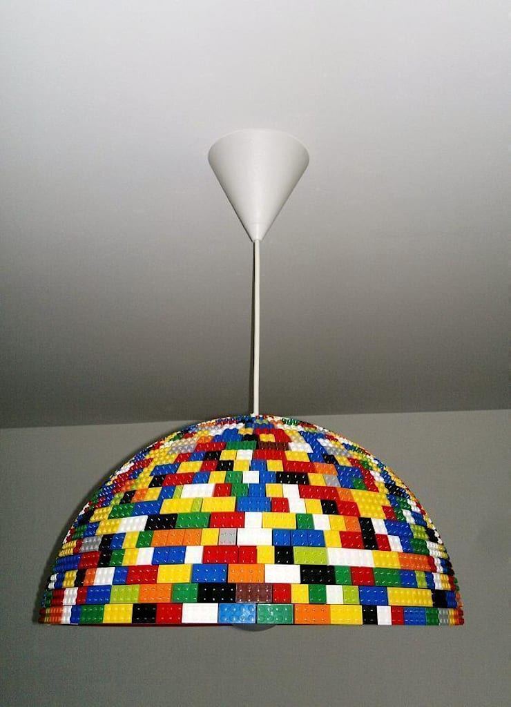 LEGOlamp: styl , w kategorii Salon zaprojektowany przez RefreszDizajn