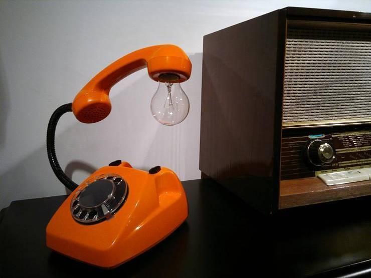 teleLAMPAfon - eReFeN 77': styl , w kategorii  zaprojektowany przez RefreszDizajn,Minimalistyczny