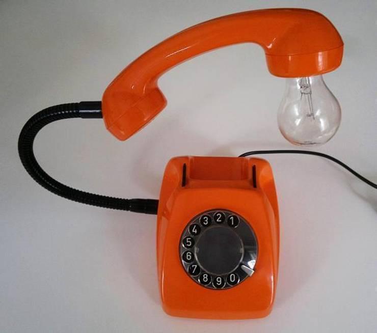 teleLAMPAfon - eReFeN 77': styl , w kategorii Sypialnia zaprojektowany przez RefreszDizajn