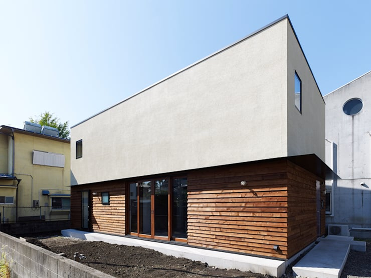 東九番丁のハウス: 齋藤和哉建築設計事務所が手掛けた家です。