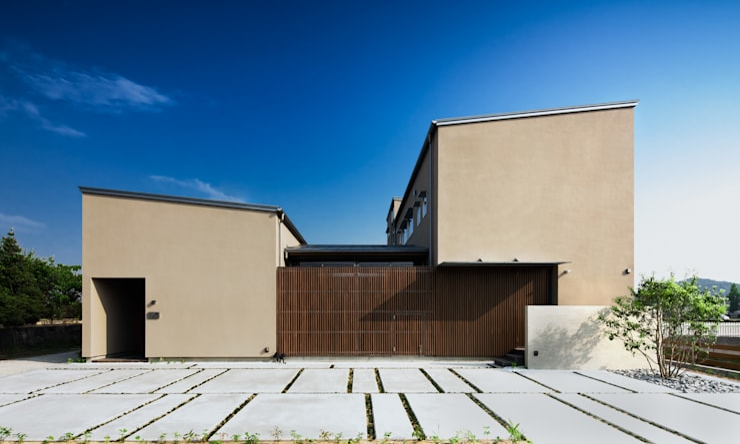 Rumah by 有限会社ミサオケンチクラボ