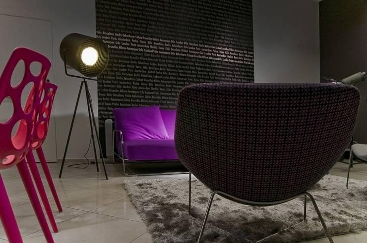 Biuro w Sopocie 2010: styl , w kategorii Domowe biuro i gabinet zaprojektowany przez formativ. indywidualne projekty wnętrz