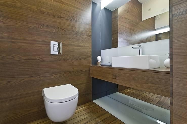Dom prywatny w Gdynia 2010: styl , w kategorii Łazienka zaprojektowany przez formativ. indywidualne projekty wnętrz