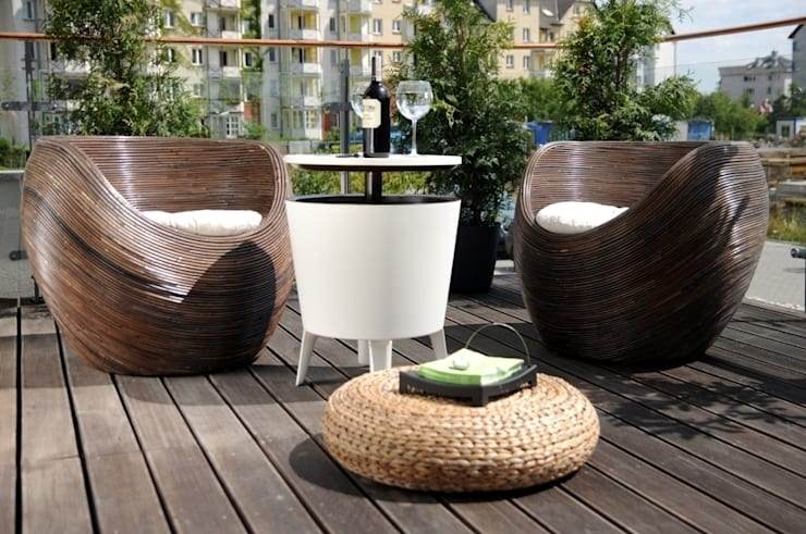Apartament pokazowy Invest Komfort 2010: styl , w kategorii Taras zaprojektowany przez formativ. indywidualne projekty wnętrz