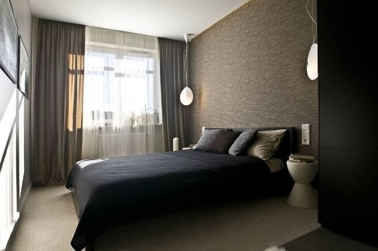 Mieszkanie pokazowe Invest Komfort 2010: styl , w kategorii Sypialnia zaprojektowany przez formativ. indywidualne projekty wnętrz,