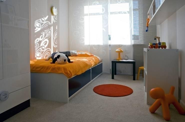 Mieszkanie pokazowe Invest Komfort 2010: styl , w kategorii Pokój dziecięcy zaprojektowany przez formativ. indywidualne projekty wnętrz,