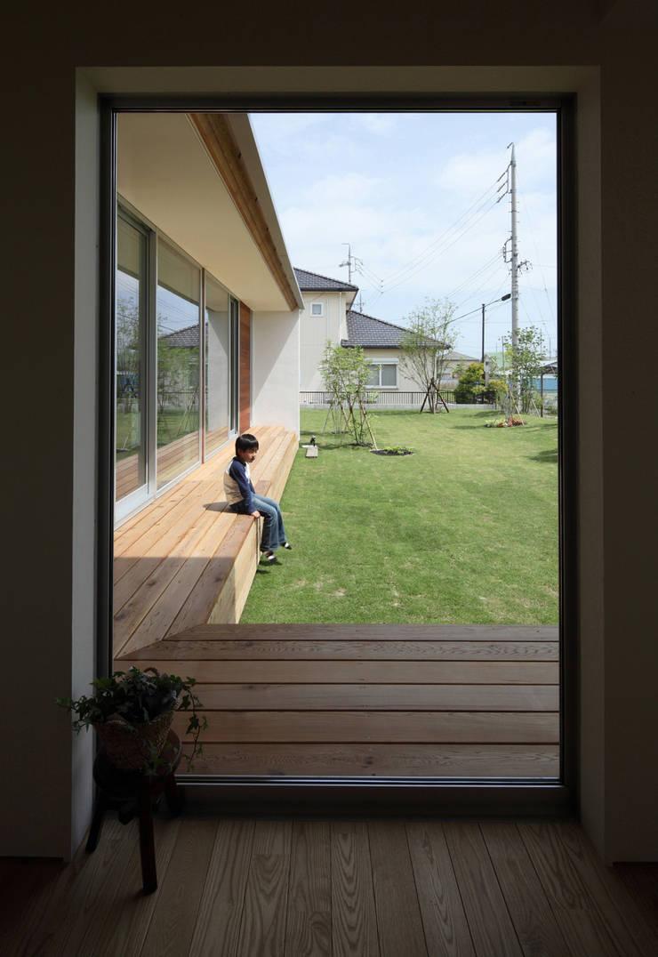 エンドランス: 松原建築計画 / Matsubara Architect Design Officeが手掛けた廊下 & 玄関です。