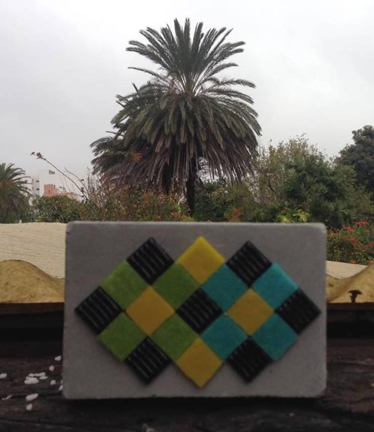 Maceta de cemento 15x10 cm: Jardines de estilo moderno por ArteSana