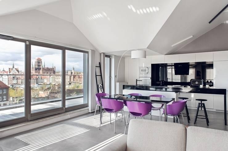 Apartament w Gdańsku 2012: styl , w kategorii Jadalnia zaprojektowany przez formativ. indywidualne projekty wnętrz,