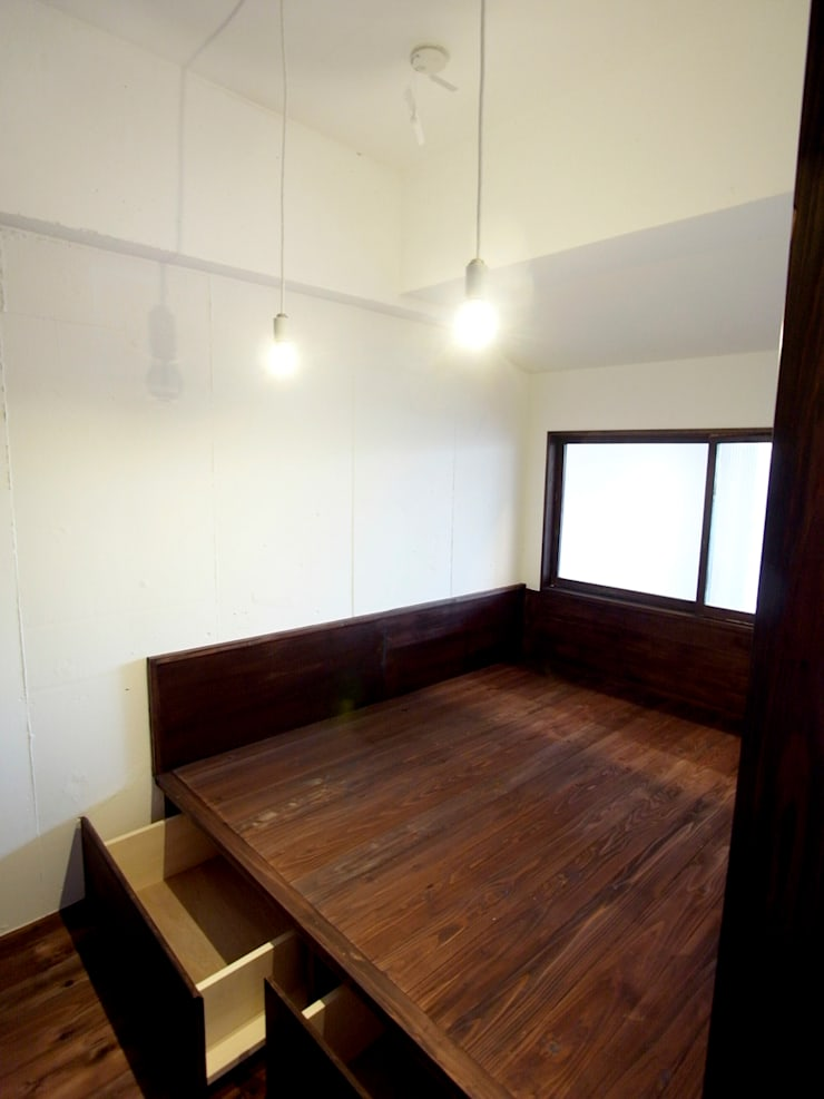 寝室 モダンスタイルの寝室 の 一級建築士事務所co-designstudio モダン