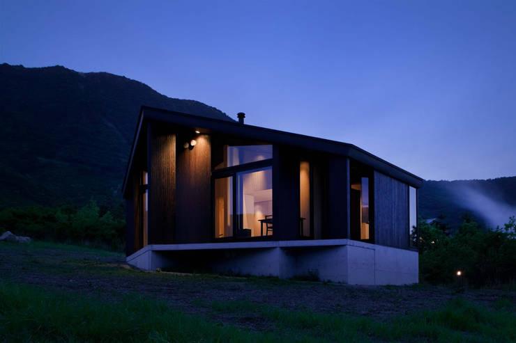 W-HOUSE: 内田貴久建築設計事務所が手掛けた家です。