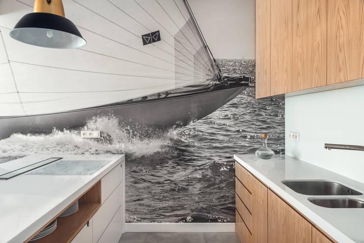 Dom w Gdyni 2015: styl , w kategorii Kuchnia zaprojektowany przez formativ. indywidualne projekty wnętrz,