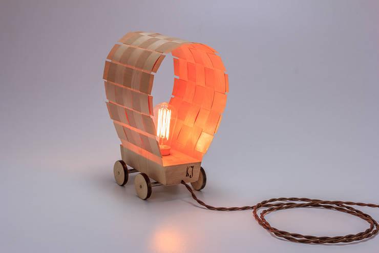 """Lampa """"Dyliżans"""": styl , w kategorii Sypialnia zaprojektowany przez Meble Autorskie Jurkowski,"""