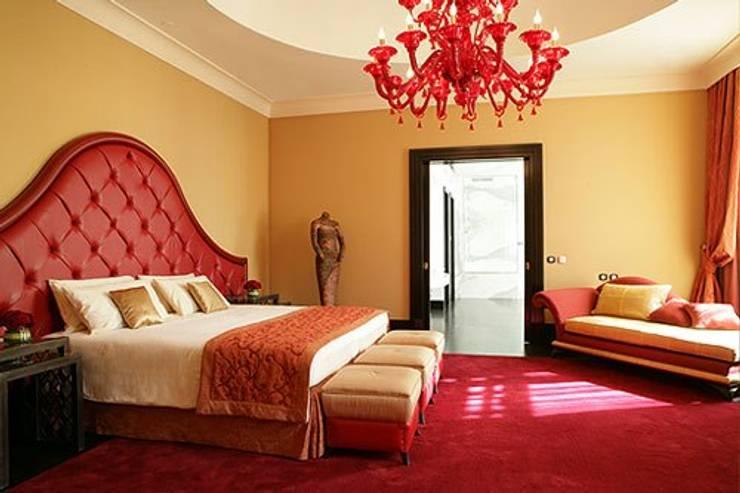 Schlafzimmer von COMODÉ MUEBLES