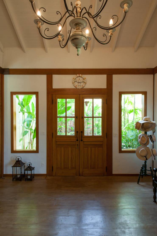 Jaguariuna: Escritórios  por PM Arquitetura