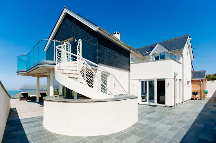 Seagrass, Polzeath, Cornwall: modern Houses by The Bazeley Partnership