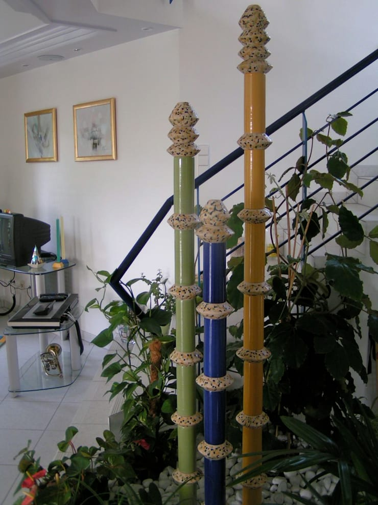 Tuinfonteinen:  Tuin door Pottenbakkerij Heksenvuur, Modern