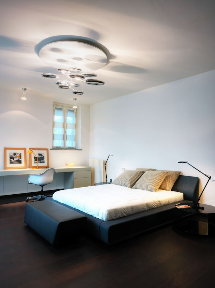 Modern style bedroom by Studio Marco Piva Modern