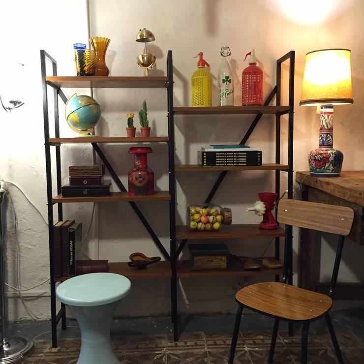 Estantería : Salones de estilo  de La Mueblerí