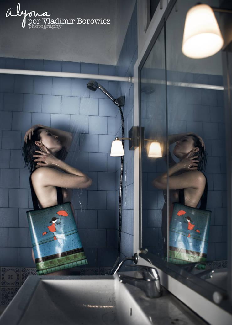 """Bolso de lona """"Alyona por los cables"""": Arte de estilo  de Lyona"""