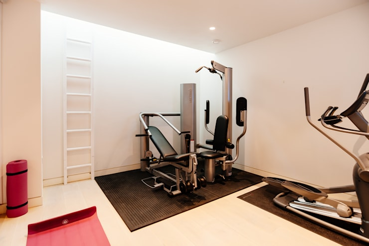 modern Gym by The Bazeley Partnership