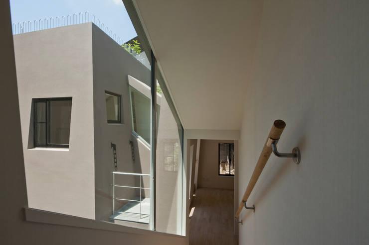 『 にしはらのながや 』: O.A.D  岡由雨子建築設計ディザインが手掛けた窓です。
