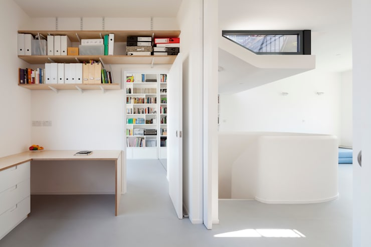 Grasnden, London: modern Study/office by Scenario Architecture