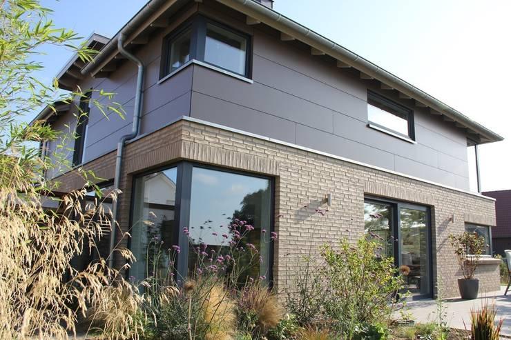 hausbau lohnt sich eine fu bodenheizung. Black Bedroom Furniture Sets. Home Design Ideas