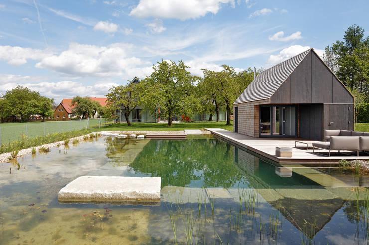 Hiên, sân thượng by Markus Gentner Architekten
