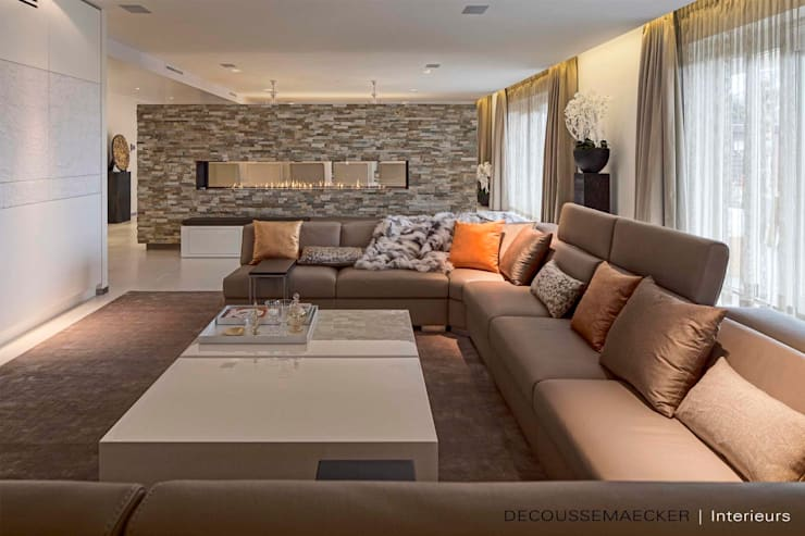 Living room by Decoussemaecker Interieurs