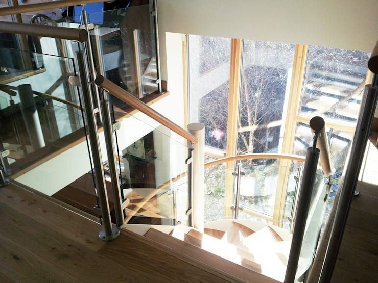 Spiral Staircase Aberdeen:  Corridor, hallway & stairs by Complete Stair Systems Ltd