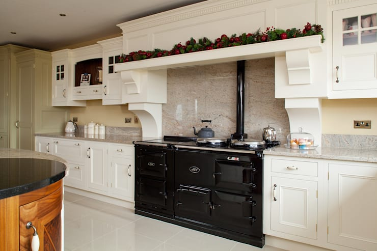 by Designer Kitchen by Morgan