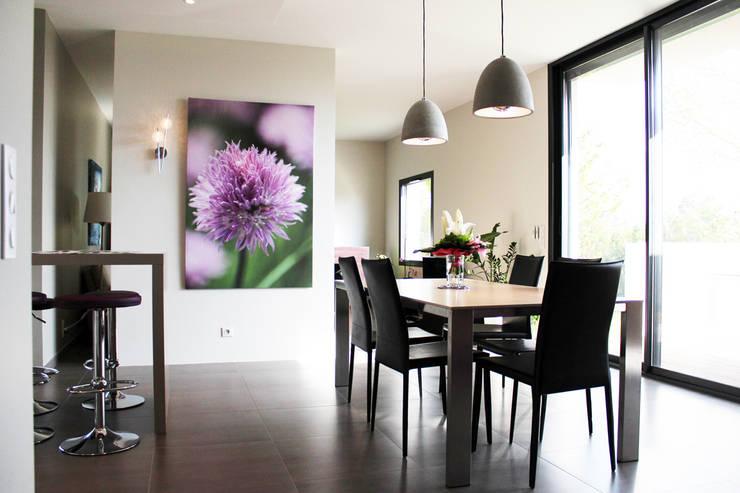 Maison individuelle - Région toulousaine: Salle à manger de style  par Atelier d'architecture Pilon & Georges