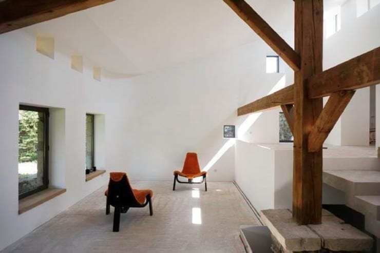 Le Chatelard - 42 - France: Salon de style  par archizip