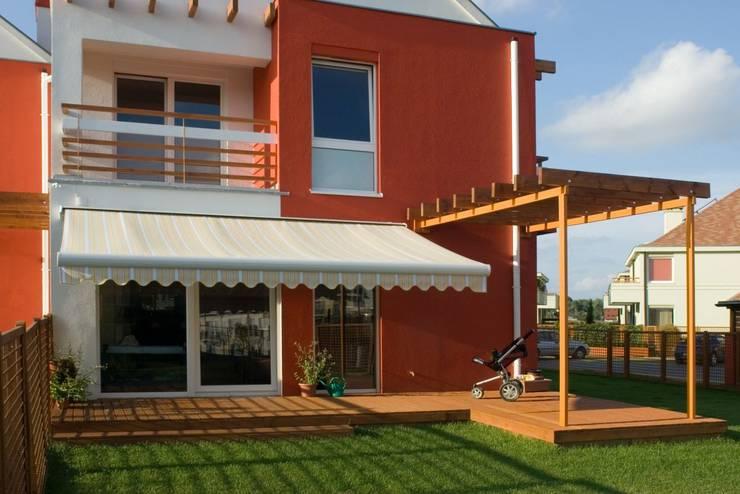 Balconies, verandas & terraces  تنفيذ Markiz Serwis