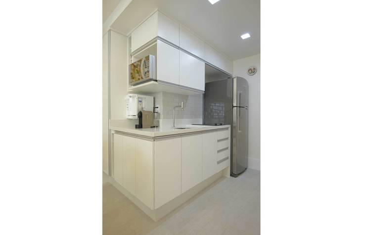 Cozinha Integarada: Cozinhas  por fpr Studio