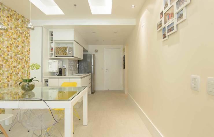 Cozinha Integrada: Salas de jantar  por fpr Studio,