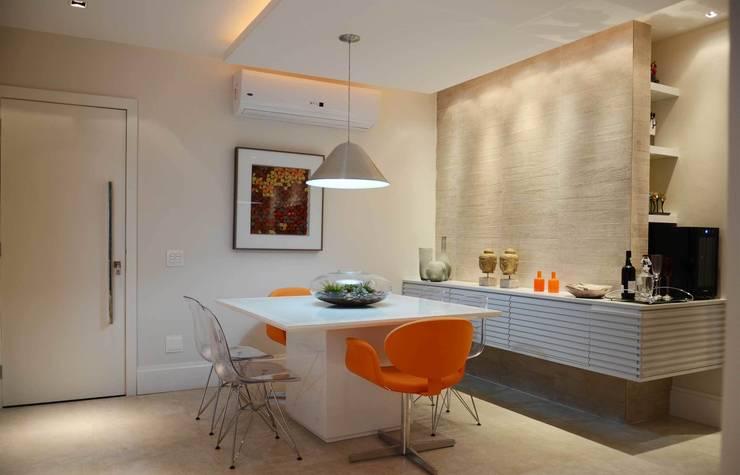 Comedores de estilo moderno por fpr Studio