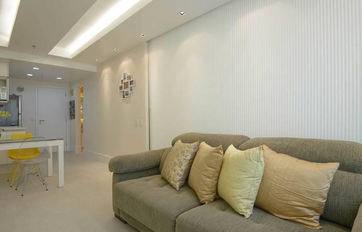 Sala de Estar: Salas de estar  por fpr Studio,