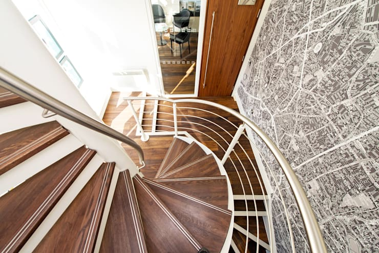Spiral Staircase London:  Corridor, hallway & stairs by Complete Stair Systems Ltd