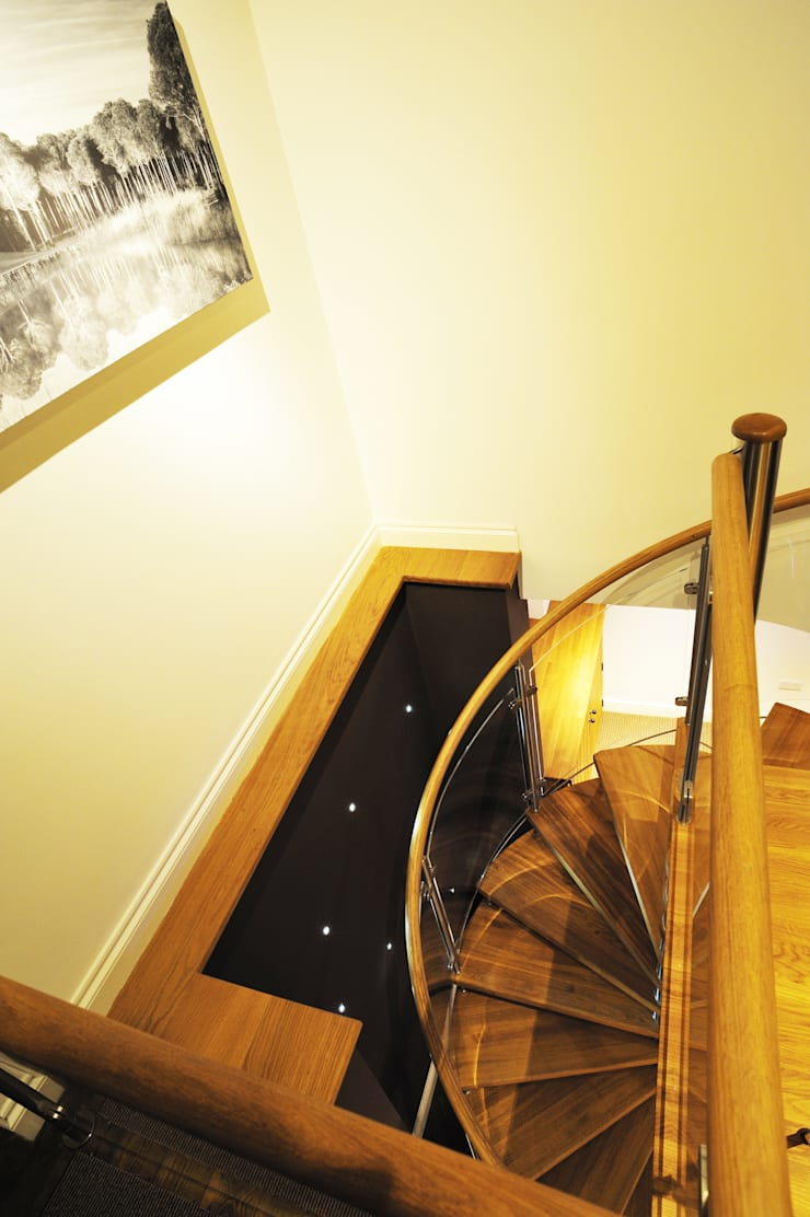 Spiral Staircase Nottingham:  Corridor, hallway & stairs by Complete Stair Systems Ltd