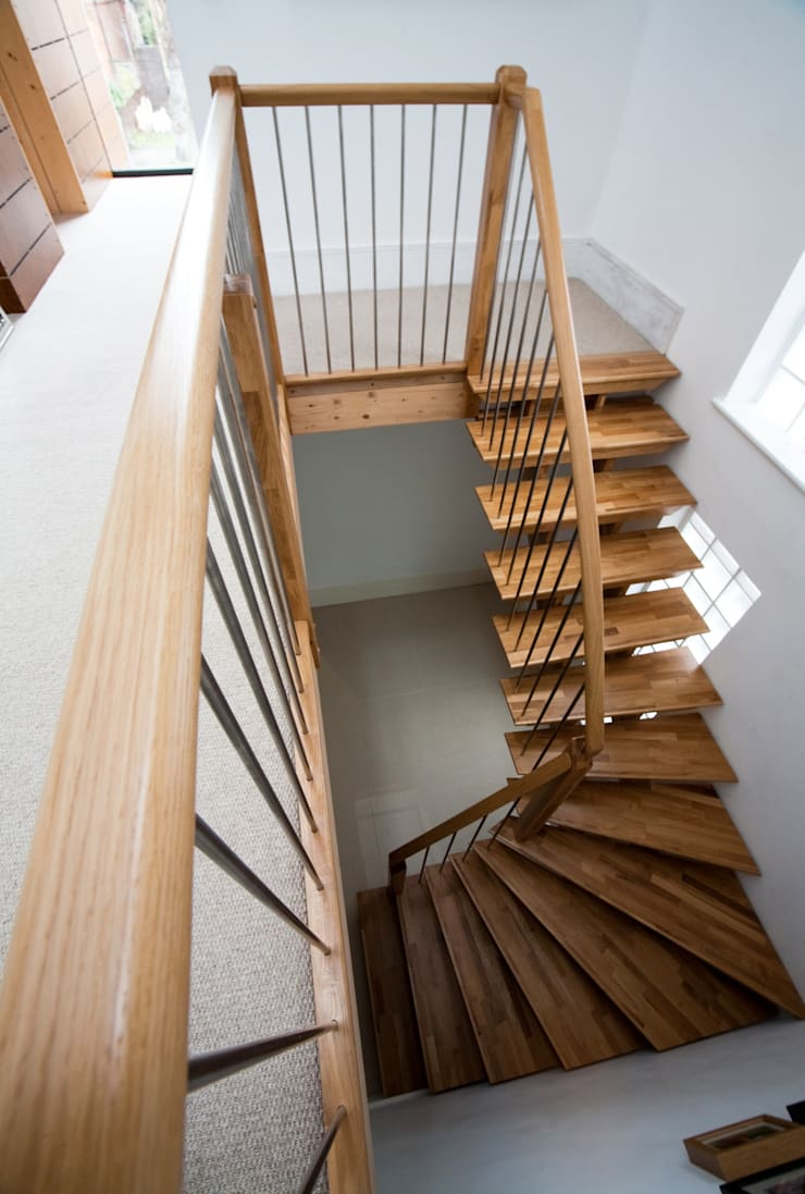 Timber Staircase New Malden:  Corridor, hallway & stairs by Complete Stair Systems Ltd