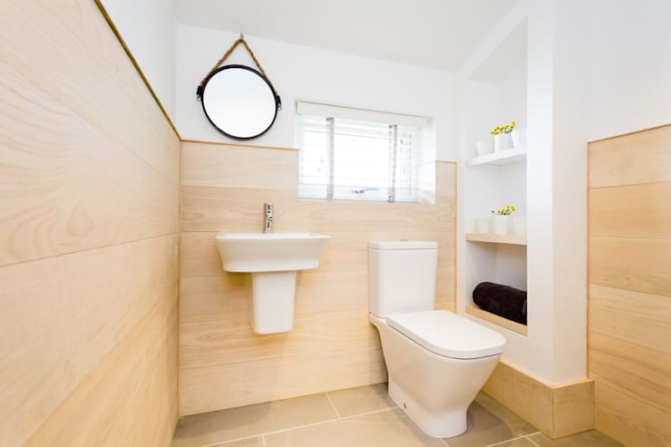 Sundown, Widemouth Bay, Cornwall:  Bathroom by The Bazeley Partnership