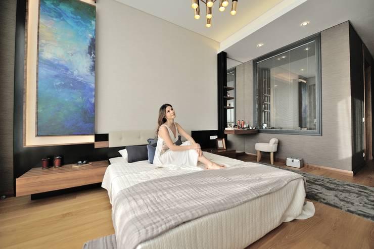 Voltaj Tasarım – THEATRON: modern tarz Yatak Odası