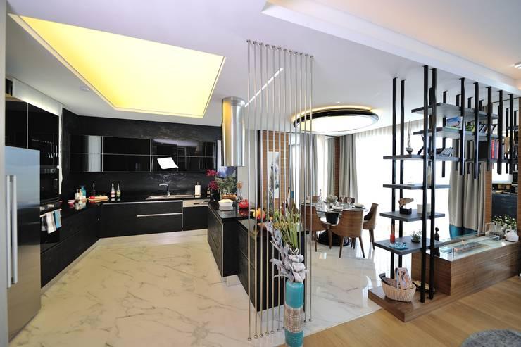 Voltaj Tasarım – THEATRON: modern tarz Mutfak