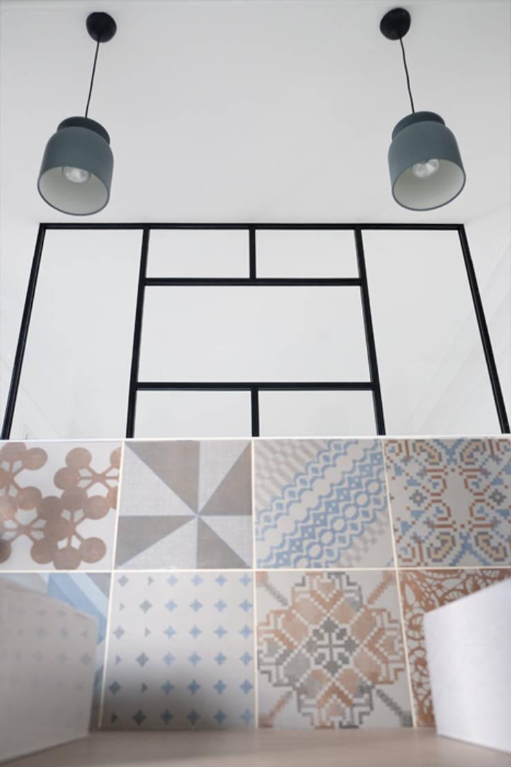 Bathroom by Yeme + Saunier, Modern