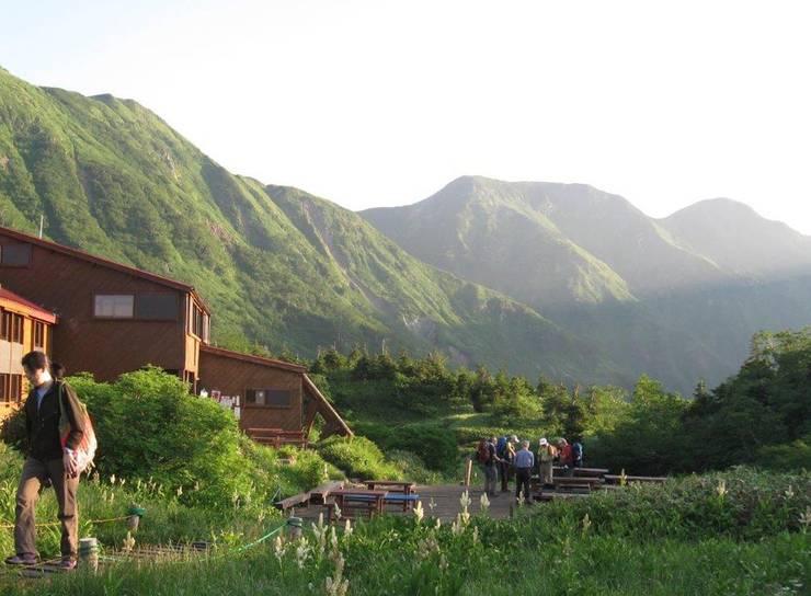 山荘-02: 唐崎計画設計工房が手掛けたホテルです。