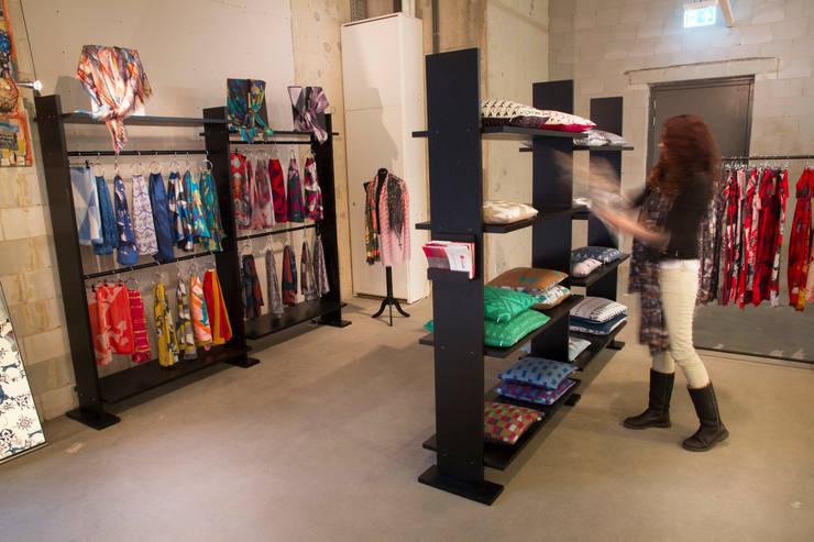 Showroom Anar Creations, winkelcentrum Terwijde Utrecht:  Woonkamer door Anar Creations