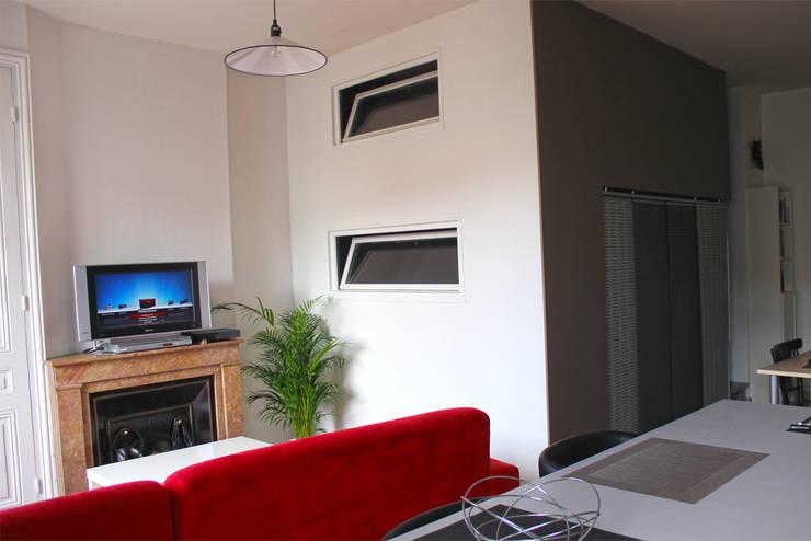 La mezzanine : Chambre de style de style Moderne par Atelier OCTA