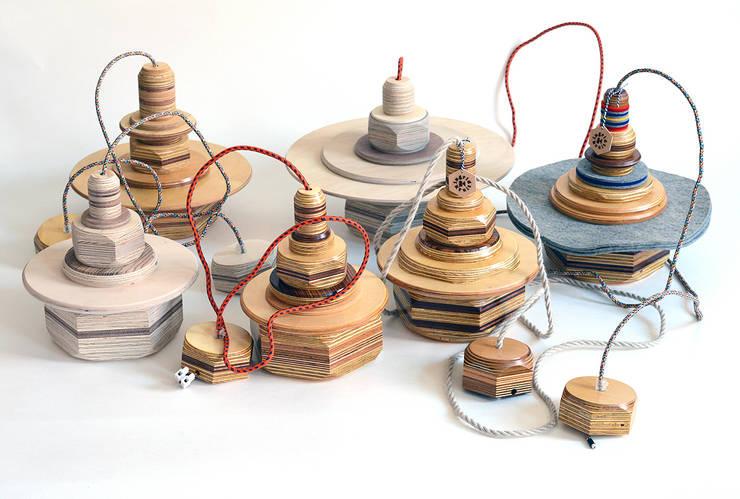 Groep hanglampen:   door Ingrid Kruit, Industrieel